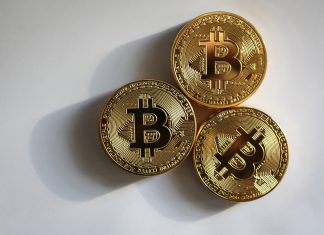 What Are the Advantages and Disadvantages of Bitcoin ETFs